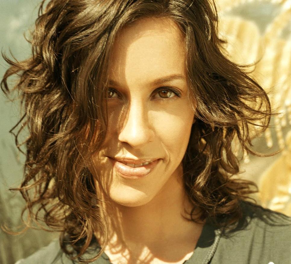 Alanis Morissette: Canadian Music Blog