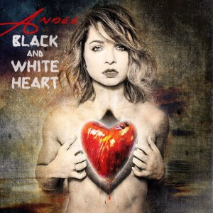 Andee - Black and White Heart deluxe