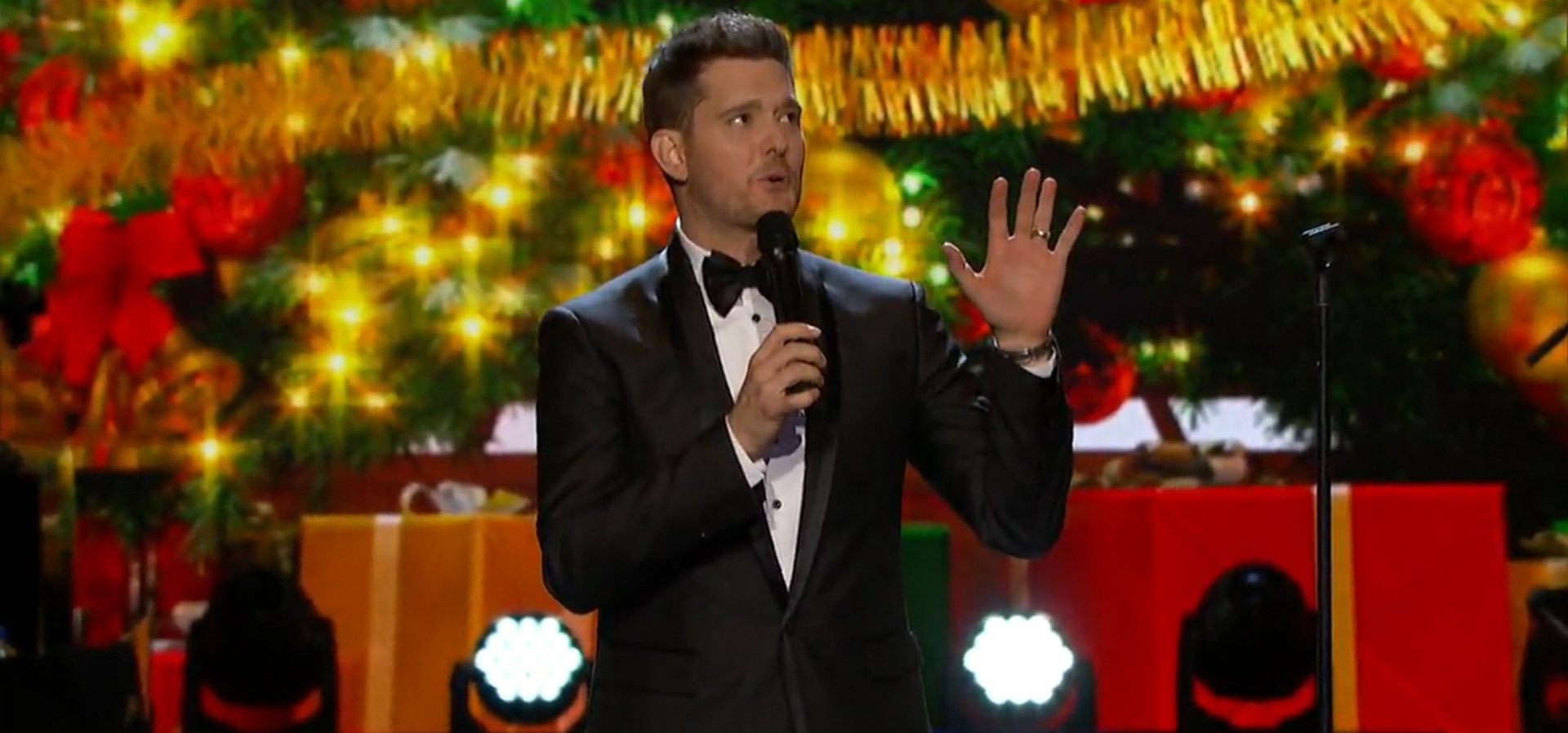 Michael Bublé's Christmas in Hollywood | Canadian Music Blog